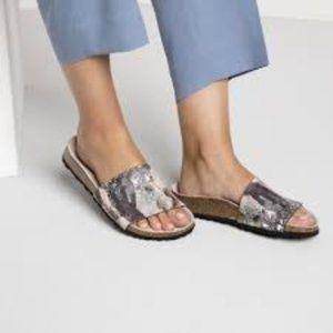 Birkenstock Papillio sigle strap sandal. Size: 7